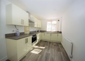 Thumbnail 2 bed flat to rent in Helena Road, Southsea