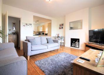 Thumbnail 2 bedroom flat for sale in Heath Road, Twickenham