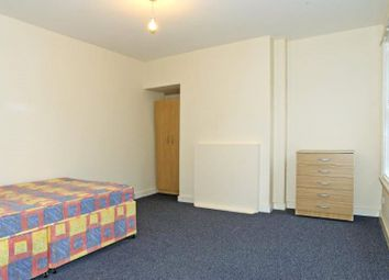Thumbnail 1 bedroom flat to rent in Walworth Road, London