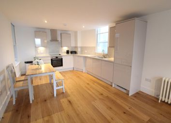 2 bed flat to rent in Crown House, Flat, Crown Street AB11