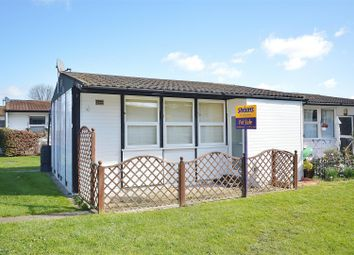 Thumbnail 2 bedroom mobile/park home for sale in Castle Hill Park, London Road, Clacton-On-Sea