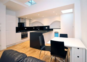 Thumbnail 1 bed flat to rent in High Street, East Grinstead, West Sussex
