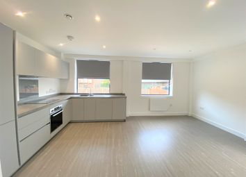 2 bed flat to rent in 19-21 Homesdale Road, Bromley, Kent BR2
