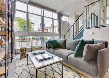 2 bed maisonette to rent in Crabtree Hall, Rainville Road, London W6