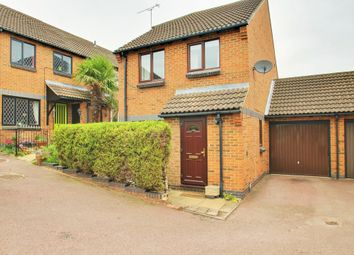 Thumbnail 4 bed detached house for sale in Bevans Close, Greenhithe