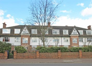Thumbnail 2 bed flat to rent in Upper Sunbury Road, Hampton
