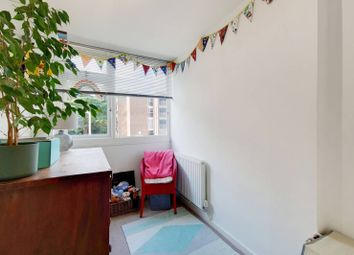 Thumbnail Maisonette to rent in Grangedale Close, Northwood