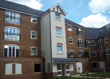 Thumbnail 2 bed flat to rent in Woodfield Road, Crawley