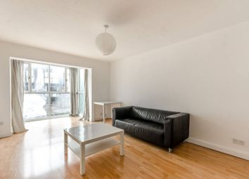 Thumbnail 1 bed flat to rent in Bridge House Quay, Canary Wharf