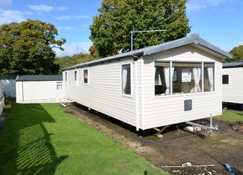 2 bed mobile/park home for sale in Sway Road, Bashley, New Milton BH25