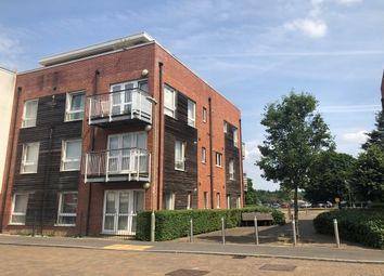Thumbnail 2 bed flat to rent in Bourdillon Gardens, Basingstoke