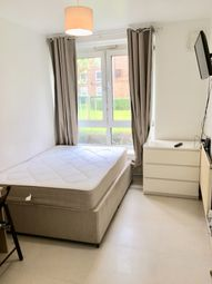 Thumbnail Studio to rent in Orb Street, Elephant And Castle