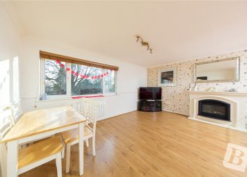Thumbnail 2 bedroom flat for sale in Maytree Close, Rainham