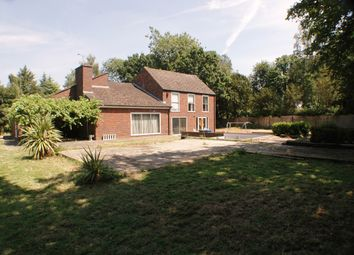 Thumbnail 7 bedroom detached house for sale in Queen Annes Road, Windsor