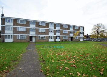 Thumbnail 3 bed flat to rent in Eden Close, Langley, Slough