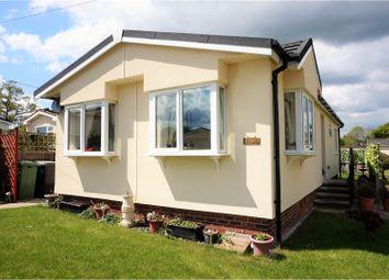 Thumbnail 2 bedroom mobile/park home for sale in Hazel Walk, Petersfield