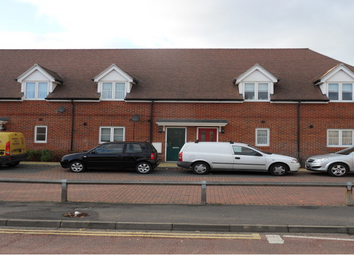 Thumbnail 1 bedroom flat to rent in Lytham Road, Woodley, Reading