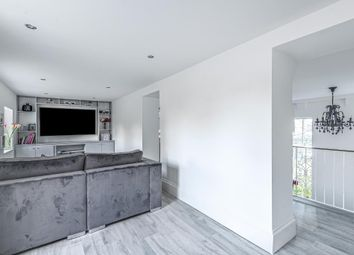 4 bed flat for sale in Royal Drive, London N11