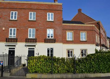 Thumbnail 5 bedroom property to rent in Britten Road, Swindon