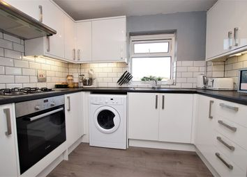 2 bed flat for sale in Boston Avenue, Rayleigh SS6