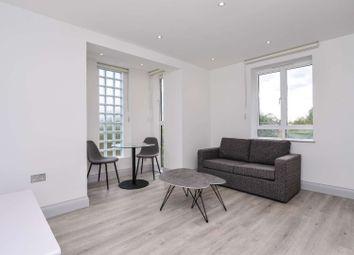 Devonhurst Place, Chiswick, London W4. 1 bed flat