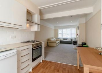 1 bed flat to rent in High Street, Esher KT10