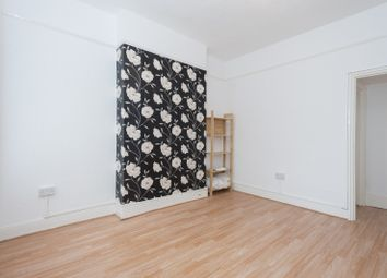 Thumbnail 2 Bed Flat To Rent In Leopold Road Wimbledon