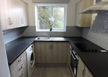 Thumbnail 2 bedroom flat to rent in Lingfield Close, High Wycombe