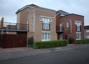 Thumbnail 3 bed town house for sale in Spence Court, East Kilbride, Glasgow