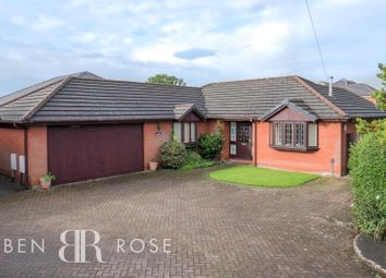4 bed property for sale in Marks Avenue, Farington Moss, Leyland PR26