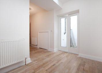 Thumbnail 1 bed flat to rent in Penton Street, Islington, London