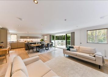 Thumbnail 2 bed flat for sale in Clifton Road, Wimbledon, London