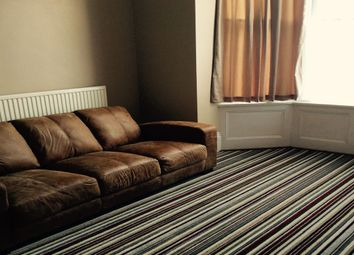 Thumbnail Room to rent in Beach Road, Southsea