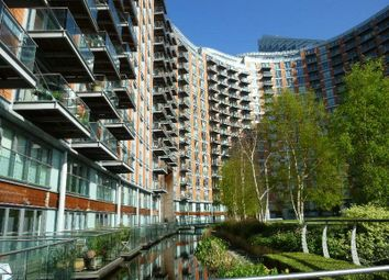 Thumbnail 1 bed flat to rent in New Providence Wharf, Docklands