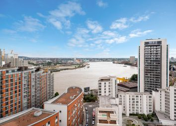 Thumbnail 1 bed flat for sale in Streamlight Tower, Canary Wharf, London