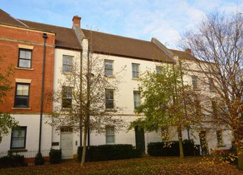 2 bed flat to rent in Clickers Drive, Northampton NN5
