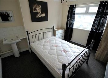 Thumbnail Terraced house to rent in Westcott Place, Swindon