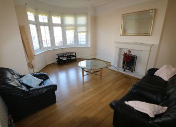 Thumbnail 2 bed flat to rent in Vicarage Lane, Ilford