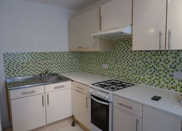 Thumbnail 6 bed property to rent in Willingham Way, Norbiton, Kingston Upon Thames