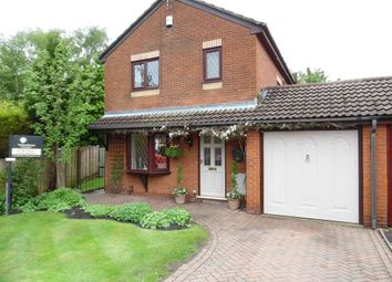 Thumbnail 3 bed link-detached house for sale in Pennine Vale, Shaw, Oldham