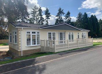 2 bed mobile/park home for sale in Regency Court, Stover, Newton Abbot TQ12