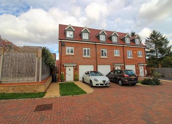 Thumbnail 3 bed town house for sale in Skipps Meadow, Buntingford