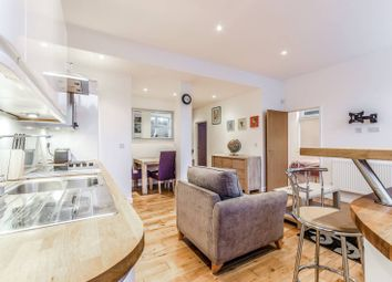 Thumbnail 3 bed flat to rent in Stepney Causeway, Shadwell
