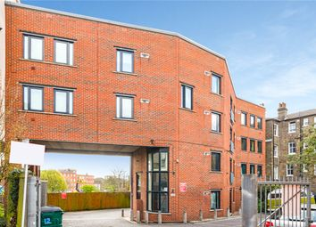 Bird In Hand Mews, London, United Kingdom SE23. 2 bed flat for sale