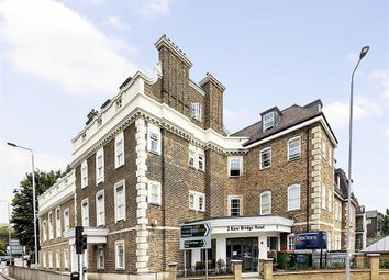 Thumbnail 1 bed flat for sale in Kew Bridge Road, Brentford
