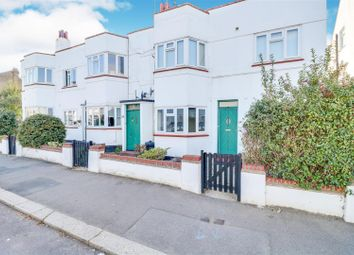 2 bed property for sale in Southbourne Grove, Westcliff-On-Sea SS0