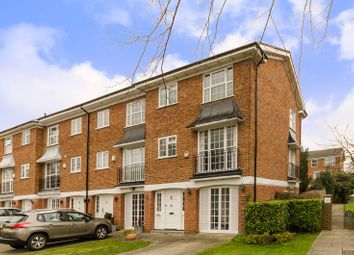 Thumbnail 4 bed property to rent in Stanley Avenue, Beckenham