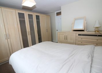 Thumbnail Room to rent in Vineyard Close, Catford