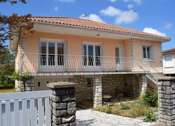 Thumbnail 4 bed country house for sale in 16700 Ruffec, France