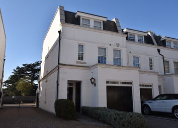 Thumbnail 4 bed town house to rent in Winkfield Road, Ascot